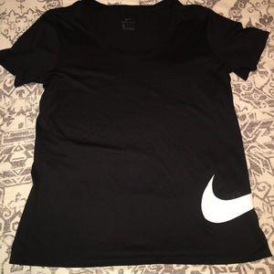 Women's Nike medium black drifit top